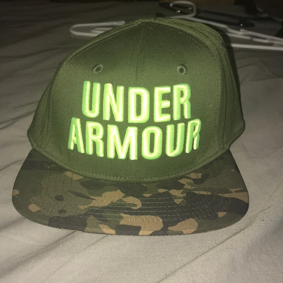 Under Armour Accessories  30a1d746fc3